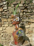 personnage pot de fleur, sculpture Elena Hita Bravo